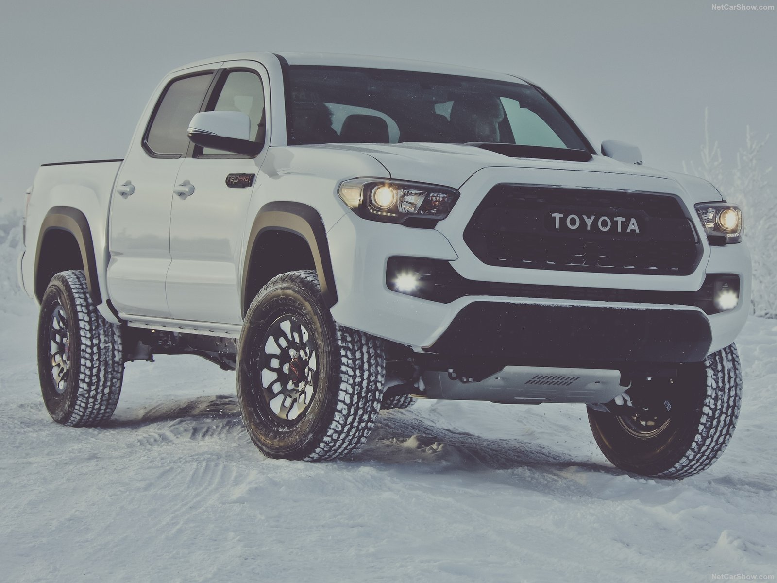 Toyota Tacoma Trd Pro Cars Truck Pickup White 2016 Wallpaper 1600x1200 891917 Wallpaperup