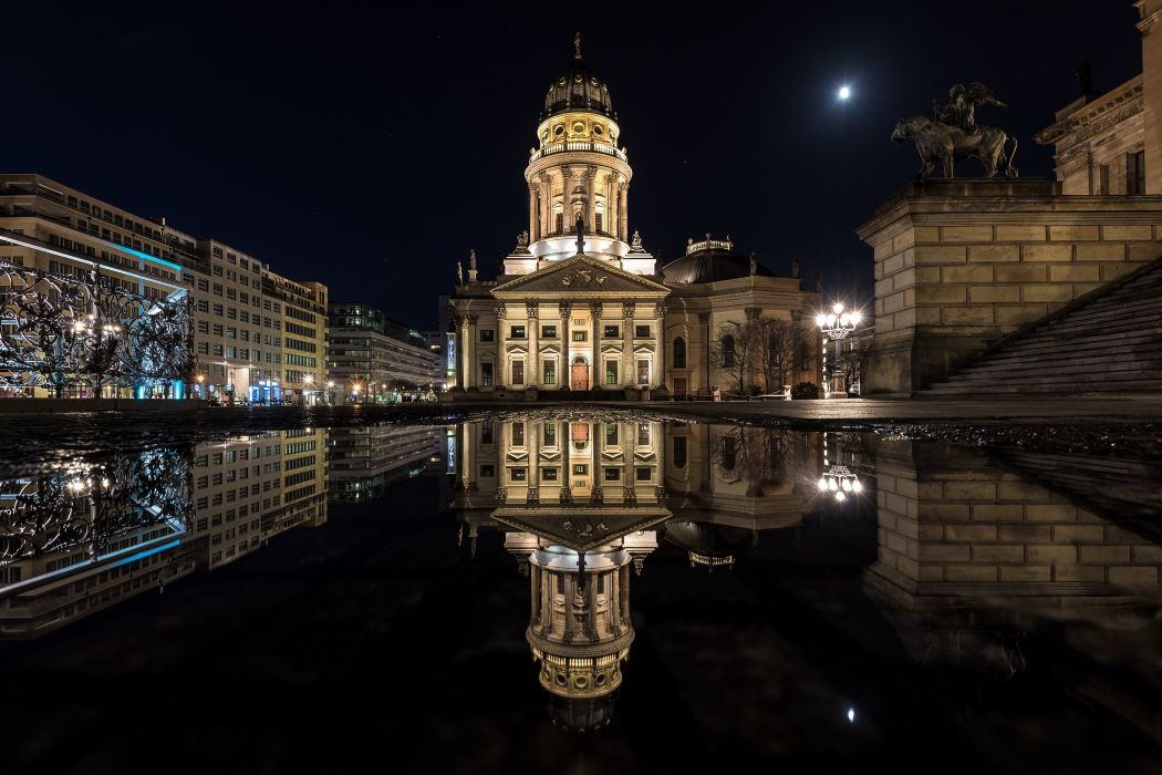 Berlin Houses Sculptures Palace Street Night Puddle Cities wallpaper