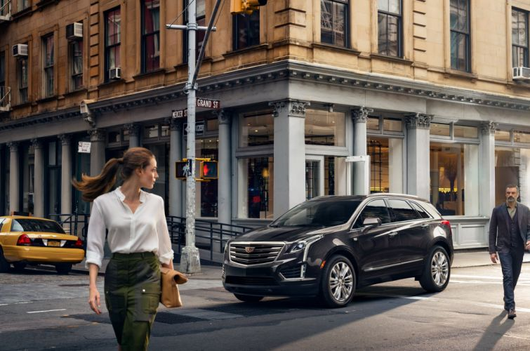 Cadillac Street XT5 Cities Cars Girls wallpaper