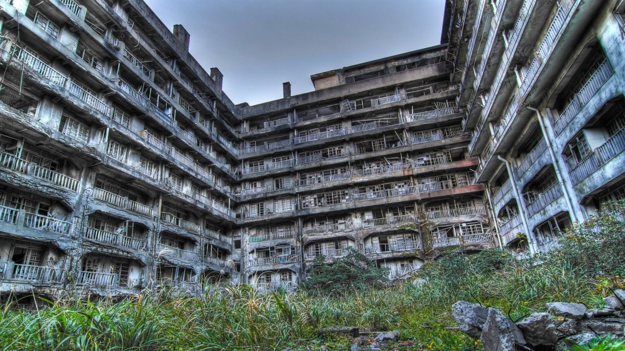 Houses Ruins Balcony Hashima Island in Japan building abandoned Cities wallpaper