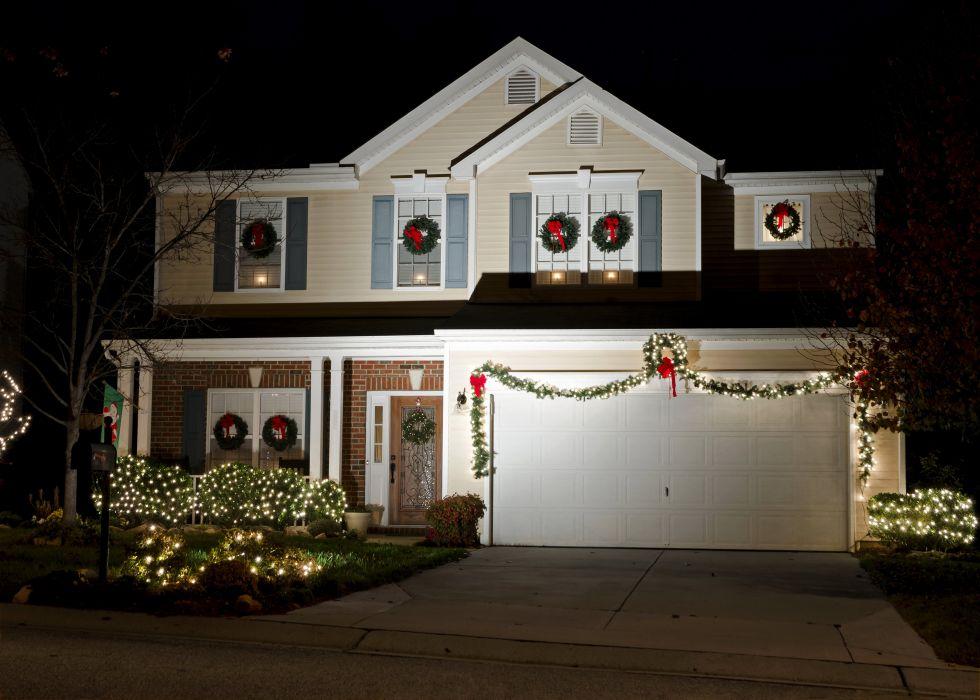 Holidays Christmas Houses Design Fairy lights Night Mansion Garage Cities wallpaper
