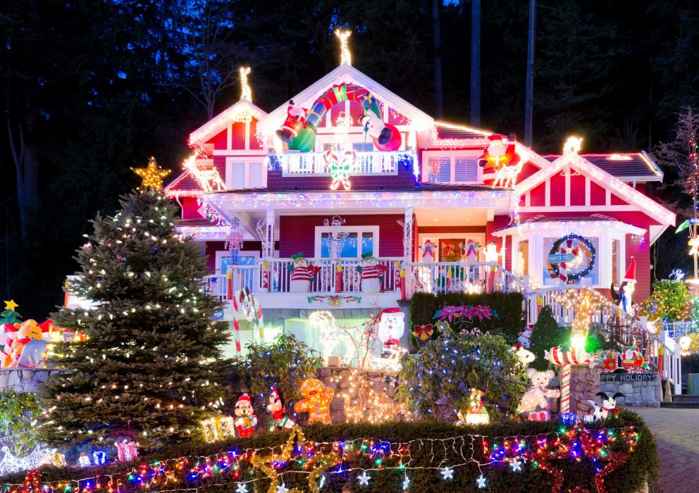 Houses Holidays Christmas Design Fairy lights Christmas tree Cities wallpaper