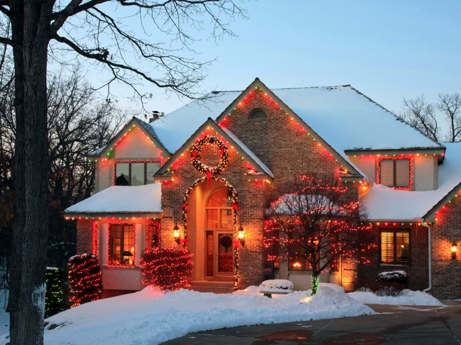 Houses Holidays Christmas Mansion Fairy lights Street lights Snow Cities wallpaper