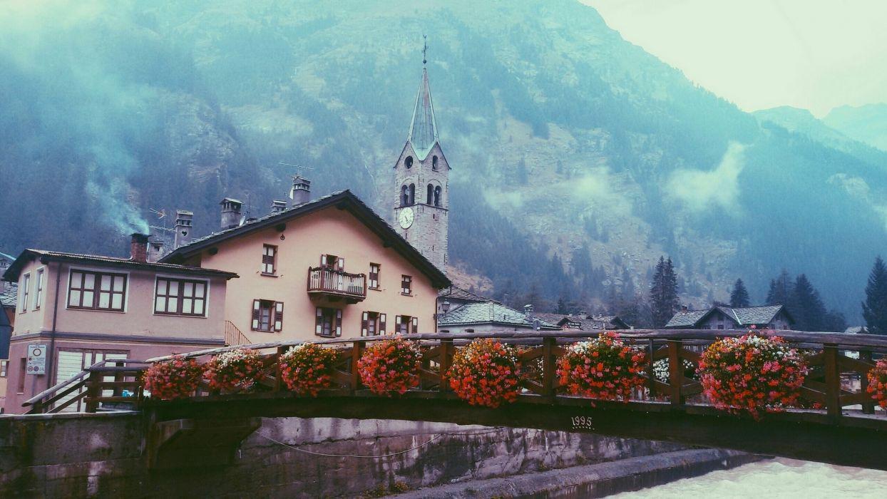 Houses Italy Bridges Gressoney-Saint-Jean Aosta Valley Cities wallpaper