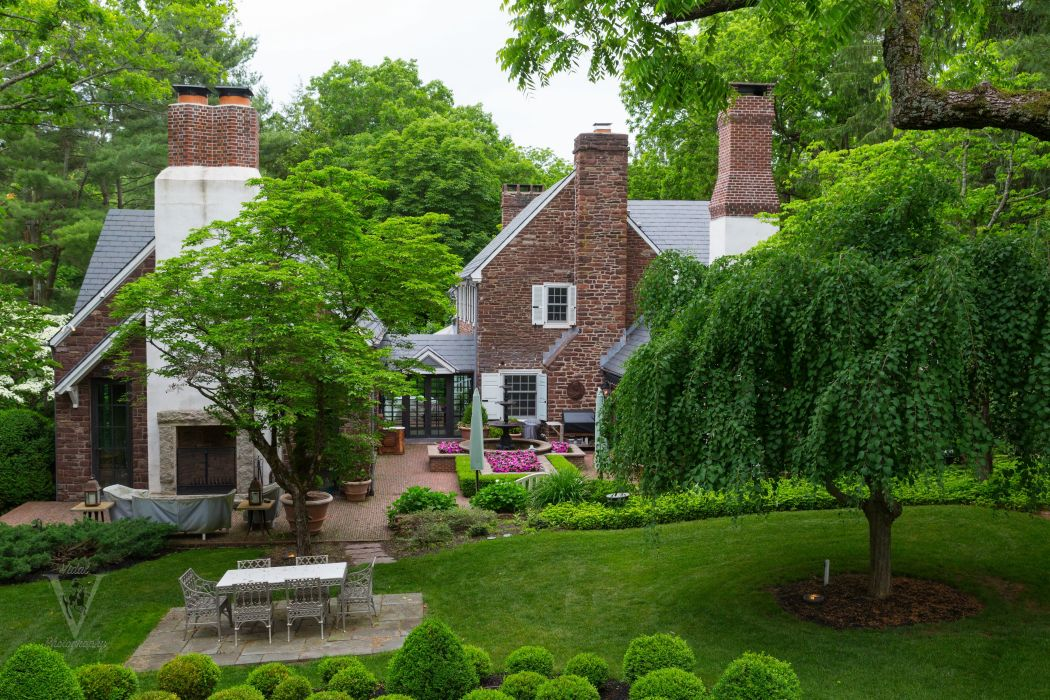 Houses Landscape Lawn Trees Table Cities wallpaper