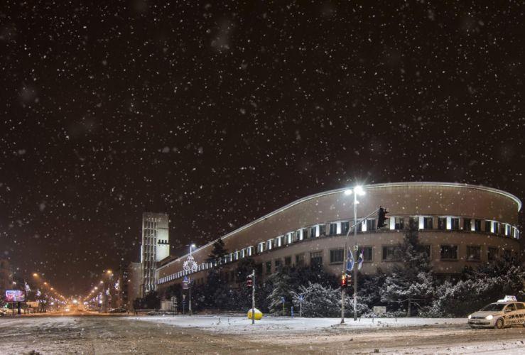 Houses Winter Serbia Street Snow Snowflakes Night Street lights Novi Sad Cities wallpaper