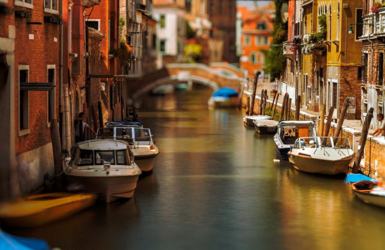 Italy Boats Venice Canal Cities wallpaper