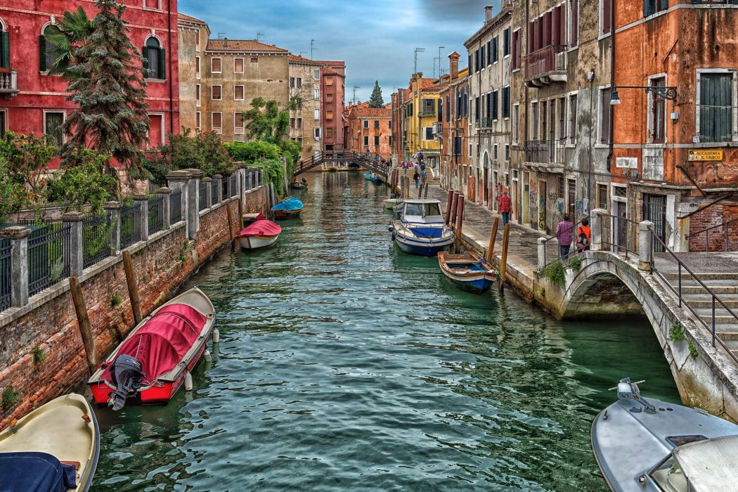 Italy Bridges Houses Motorboat Venice Canal Street Cities wallpaper