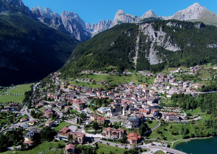 Italy Houses Mountains From above Molveno Cities wallpaper