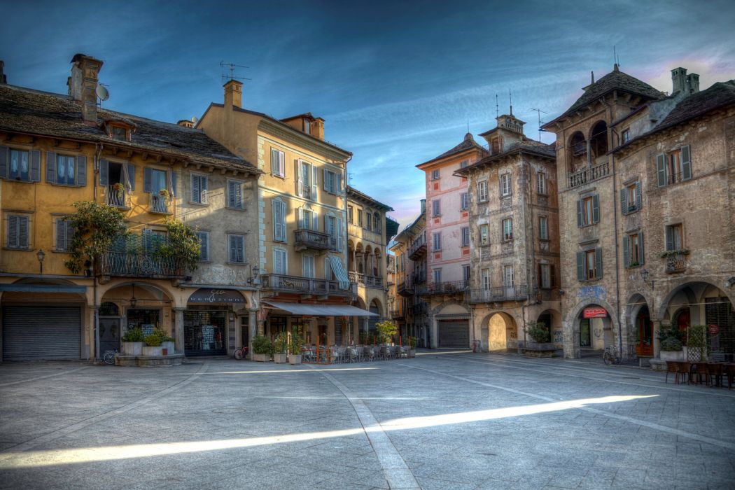 Italy Houses Street Domodossola Piedmont Cities wallpaper