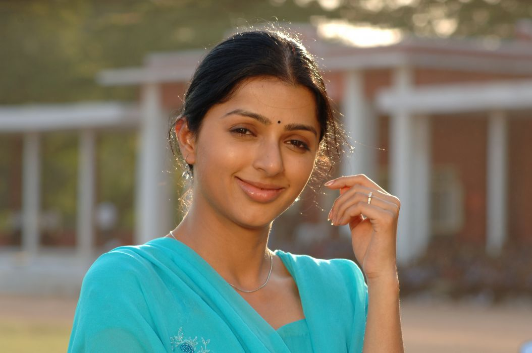 Bhumika-Stills-19 wallpaper
