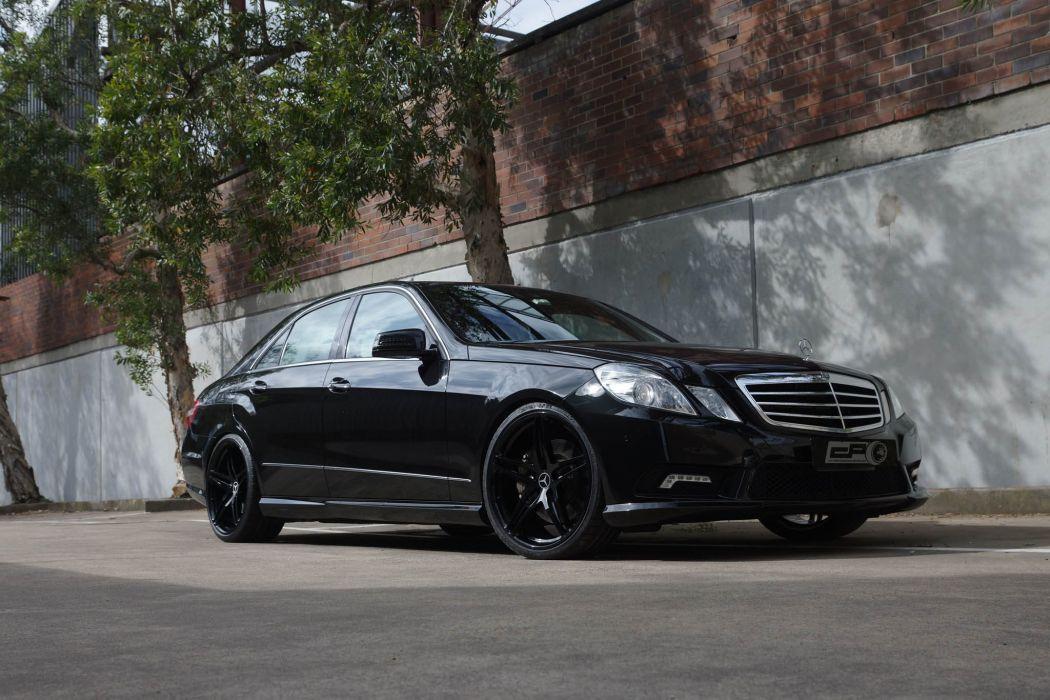 Mercedes Benz E500 black HRE wheels wallpaper