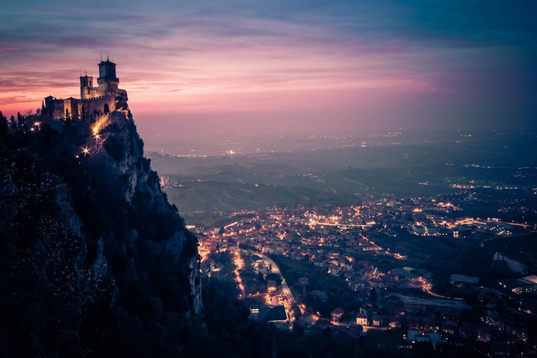 San Marino city landscape wallpaper