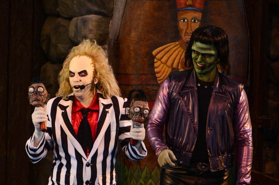 BEETLEJUICE comedy fantasy dark horror halloween wallpaper