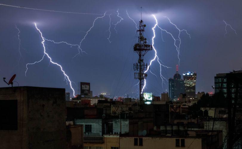 tormenta electrica ciudad rayos naturaleza wallpaper