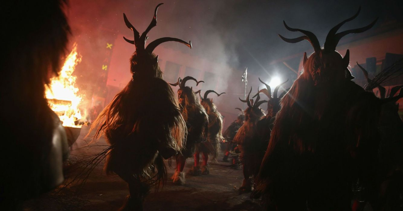 KRAMPUS monster demon evil horror dark occult christmas storyr wallpaper