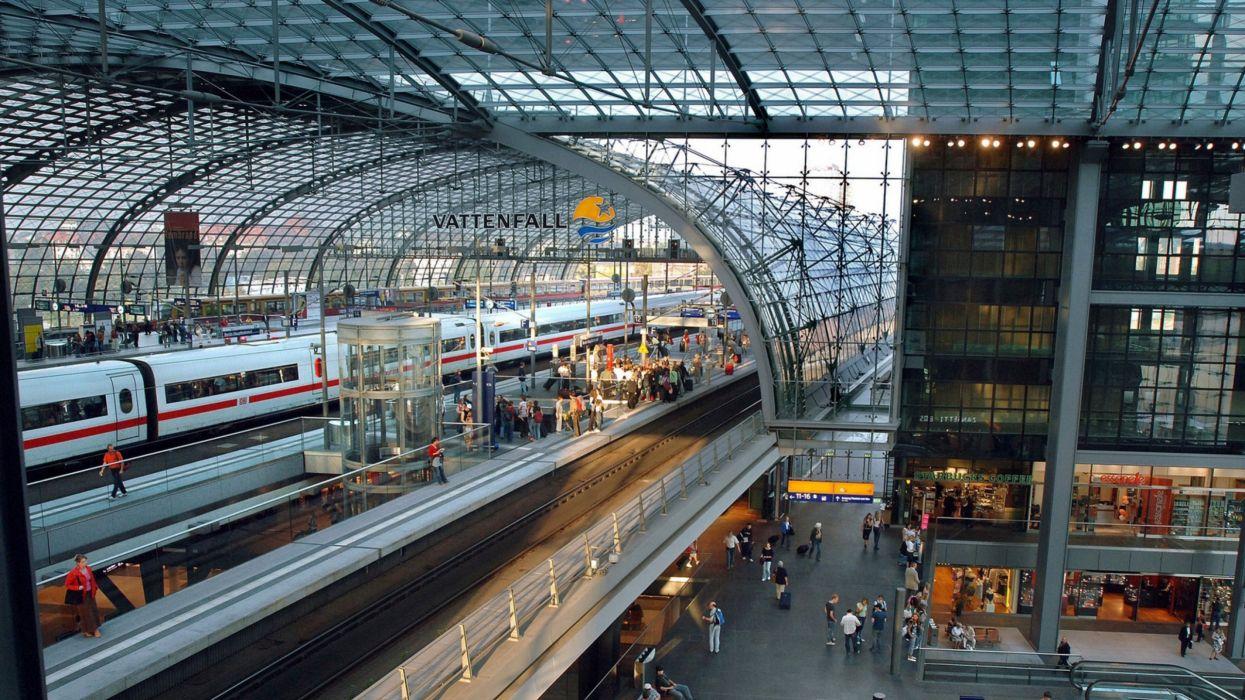 estacion tren pasajeros vias vagones wallpaper
