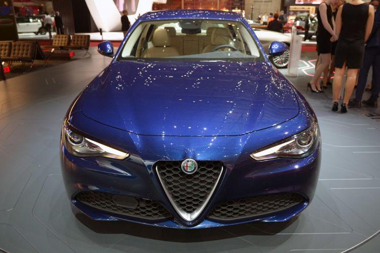 Geneve motor show 2016 Alfa Romeo Giulia cars wallpaper
