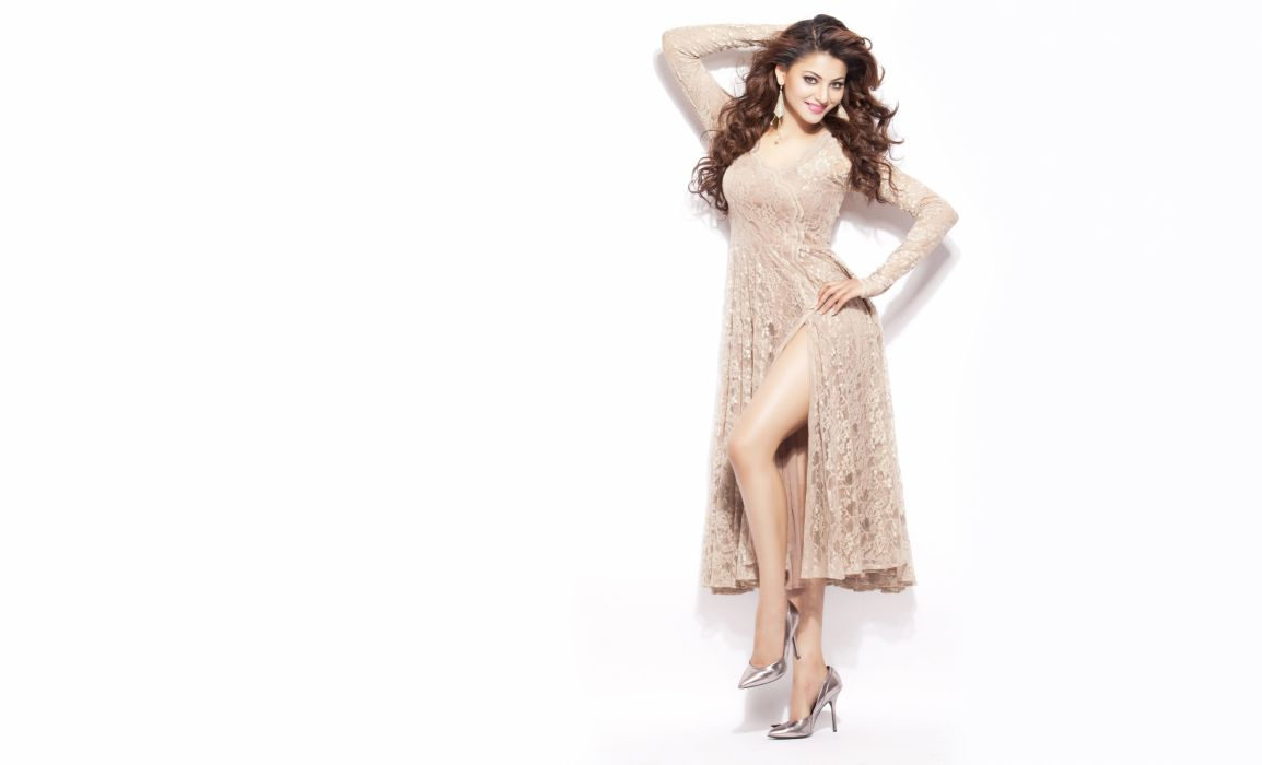 urvashi rautela bollywood actress model girl beautiful brunette pretty cute beauty sexy hot pose face eyes hair lips smile figure indian  wallpaper