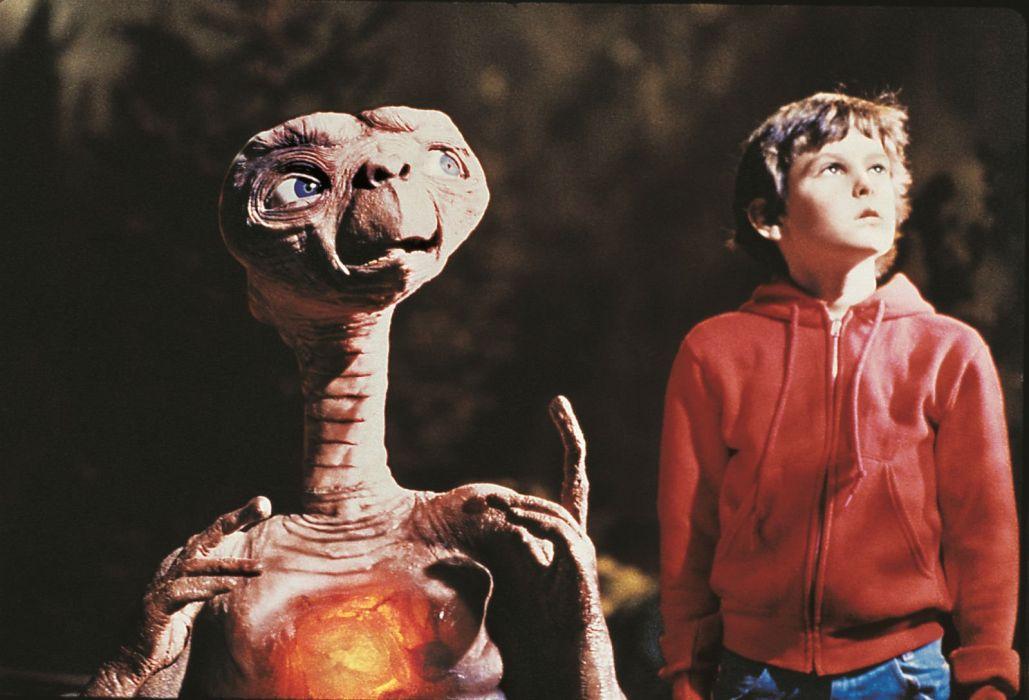 E T EXTRA TERRESTRIAL sci-fi alien aliens futuristic science wallpaper