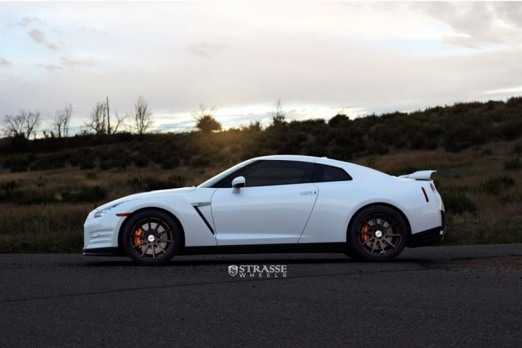 nissan GTR coupe white godzilla strasse wheels cars wallpaper