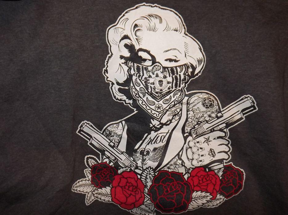 pistol handgun marilyn monroe sexy babe