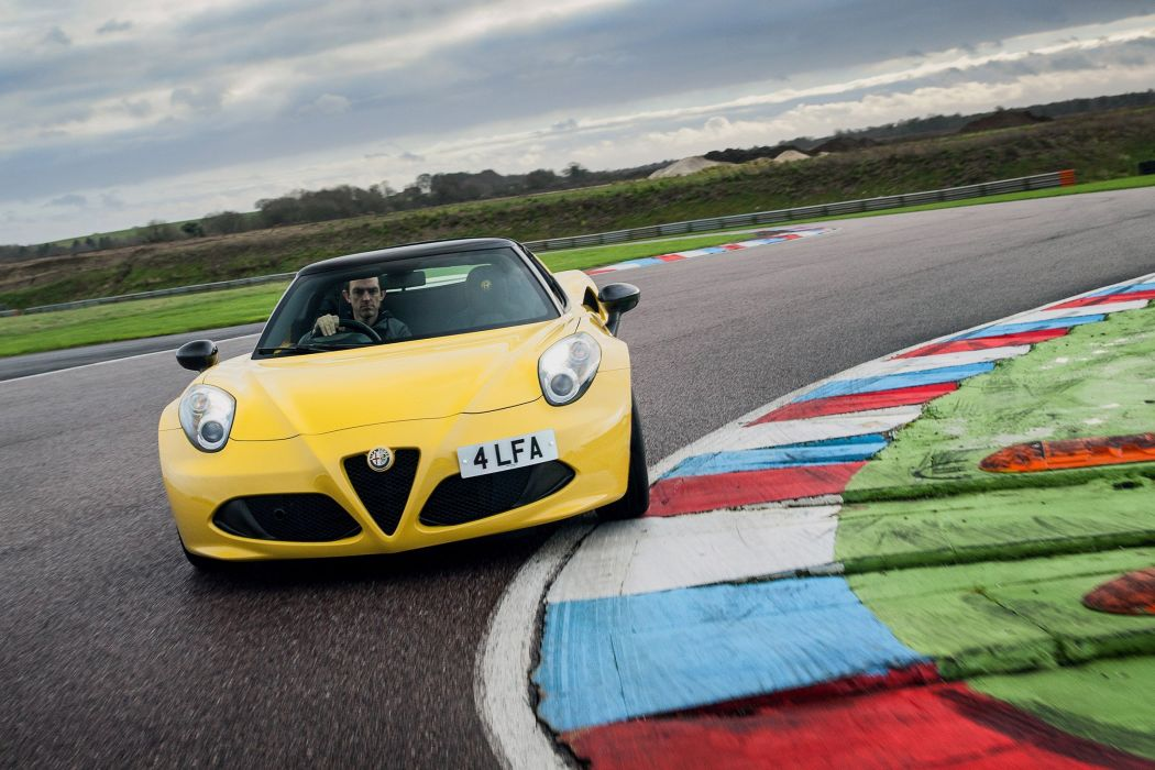 Alfa Romeo 4C Spider UK-spec (960) 2015 cars yellow wallpaper