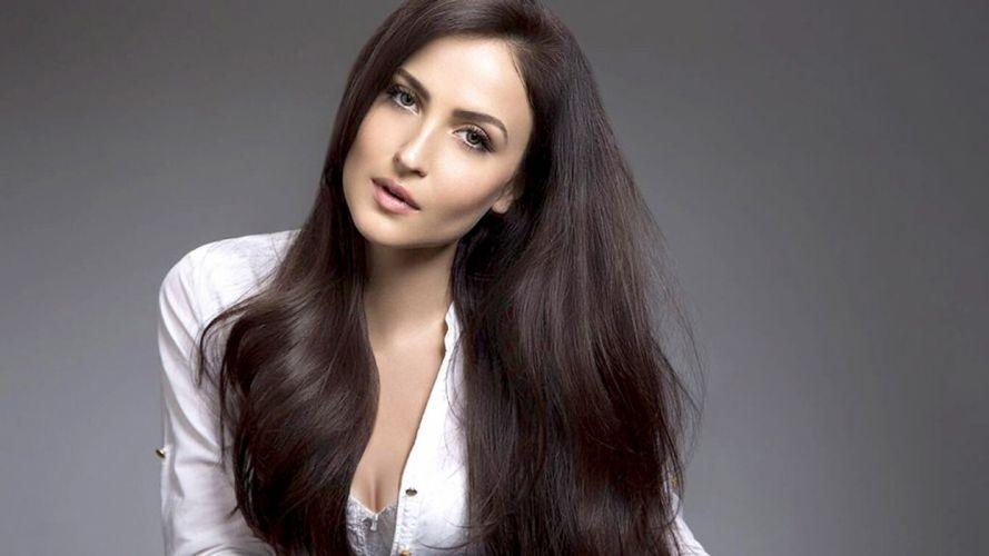 elli avram bollywood actress model girl beautiful brunette pretty cute beauty sexy hot pose face eyes hair lips smile figure wallpaper