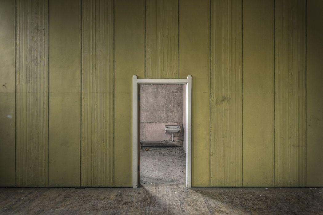 puerta entrda madera wallpaper