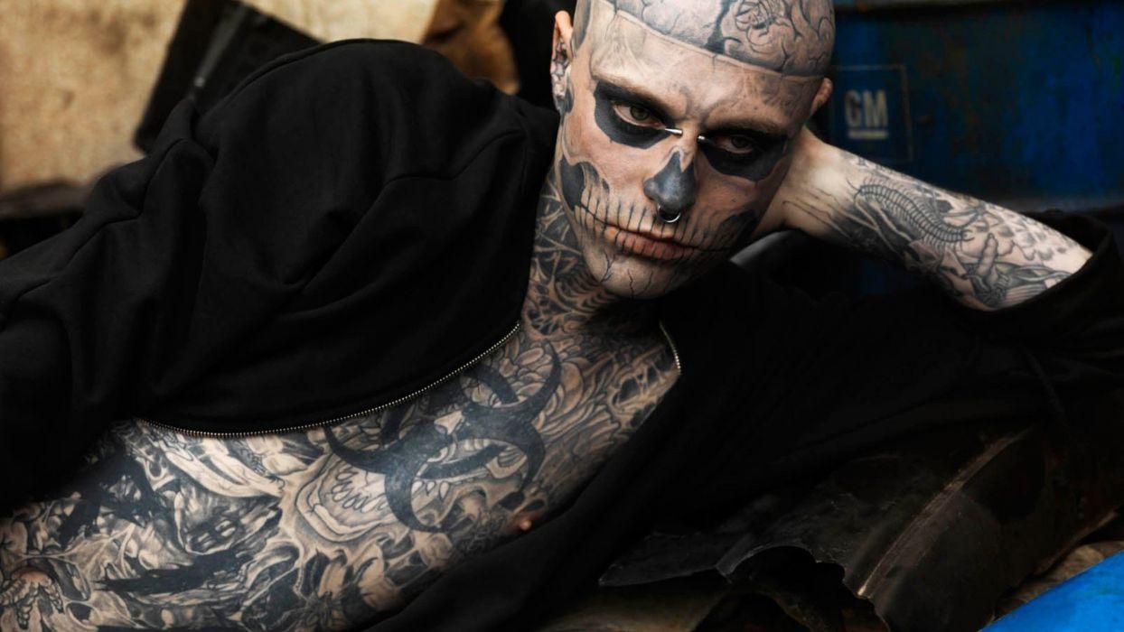 hombre tatuado piercing wallpaper