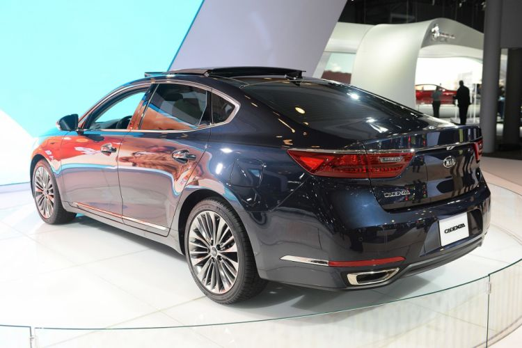 New York auto shows 2016 cars Kia Cadenza wallpaper
