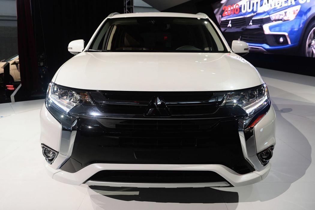 New York auto shows 2016 cars Mitsubishi Outlander PHEV suv wallpaper