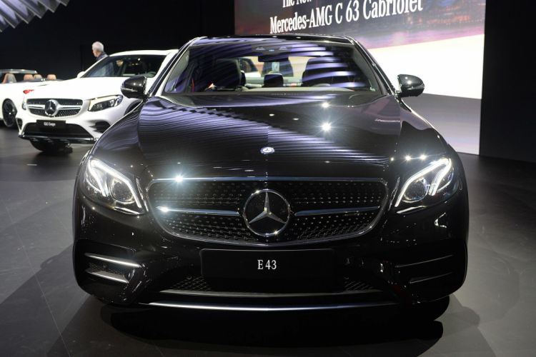New York auto shows 2016 cars Mercedes AMG E43 sedan wallpaper