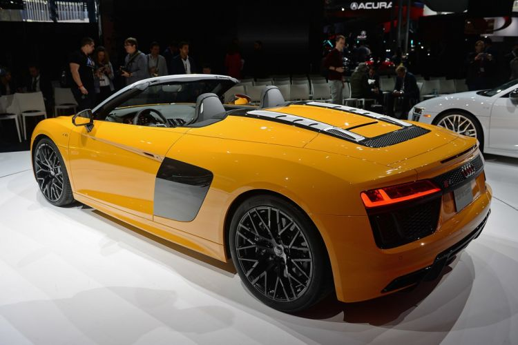 New York auto shows 2016 cars Audi R8 Spyder wallpaper