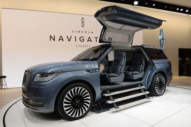 New York auto shows 2016 cars Lincoln Navigator Concept wallpaper
