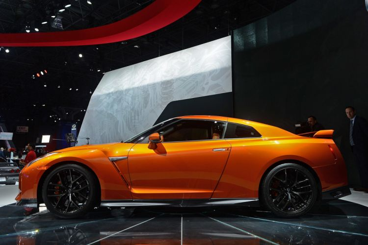 New York auto shows 2016 cars Nissan GT-R wallpaper