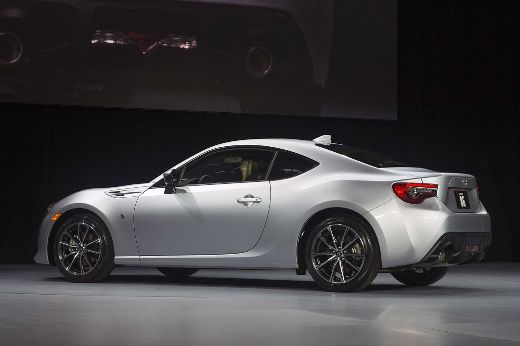 New York auto shows 2016 cars Toyota 86 COUPE wallpaper