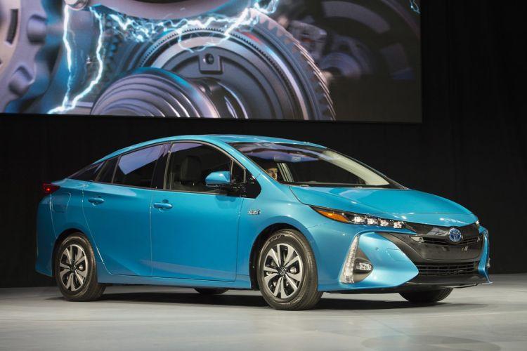 New York auto shows 2016 cars Toyota Prius Prime hybrid plug-in wallpaper