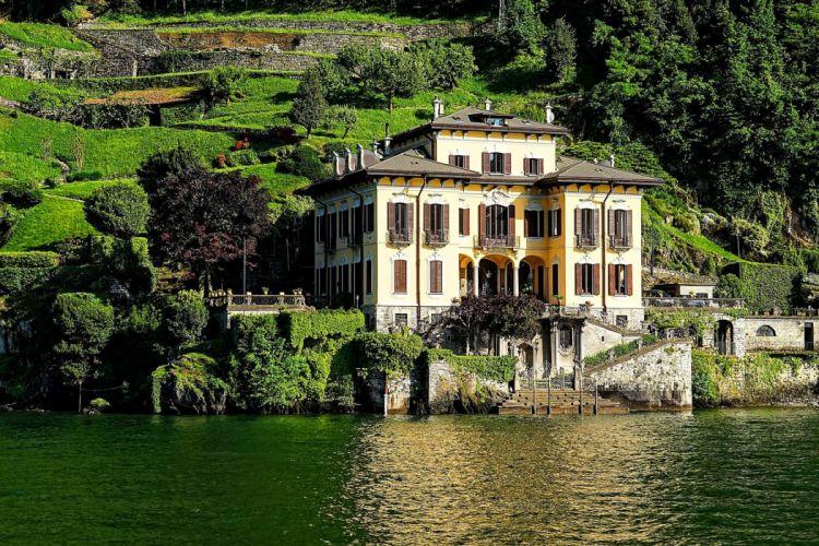 Italy Lake Como Villa House slope wallpaper