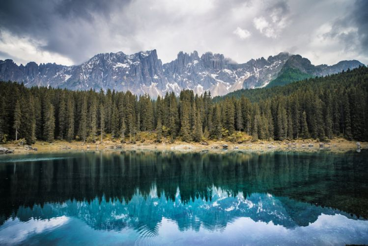 Forest Mountains Lake wallpaper