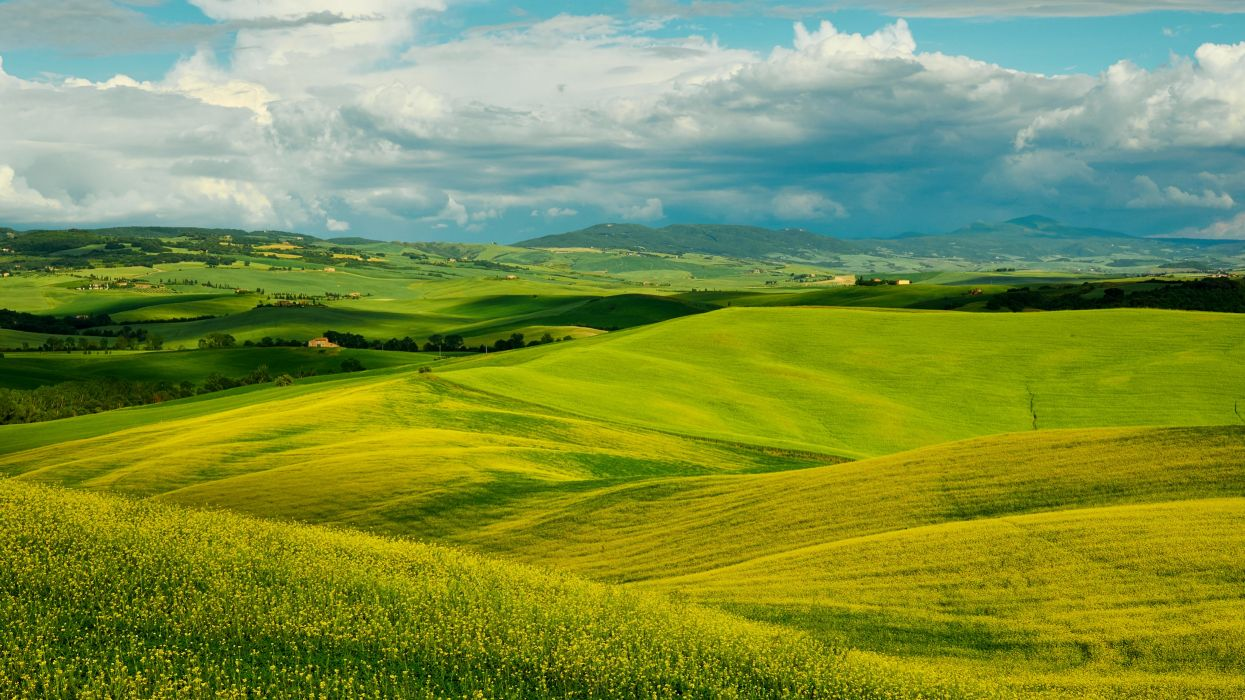 Italy Scenery Fields Sky Clouds Tuscany hills Nature wallpaper