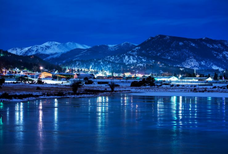 USA Parks Lake Mountains Winter Snow Night Estes Park Colorado Nature Cities wallpaper
