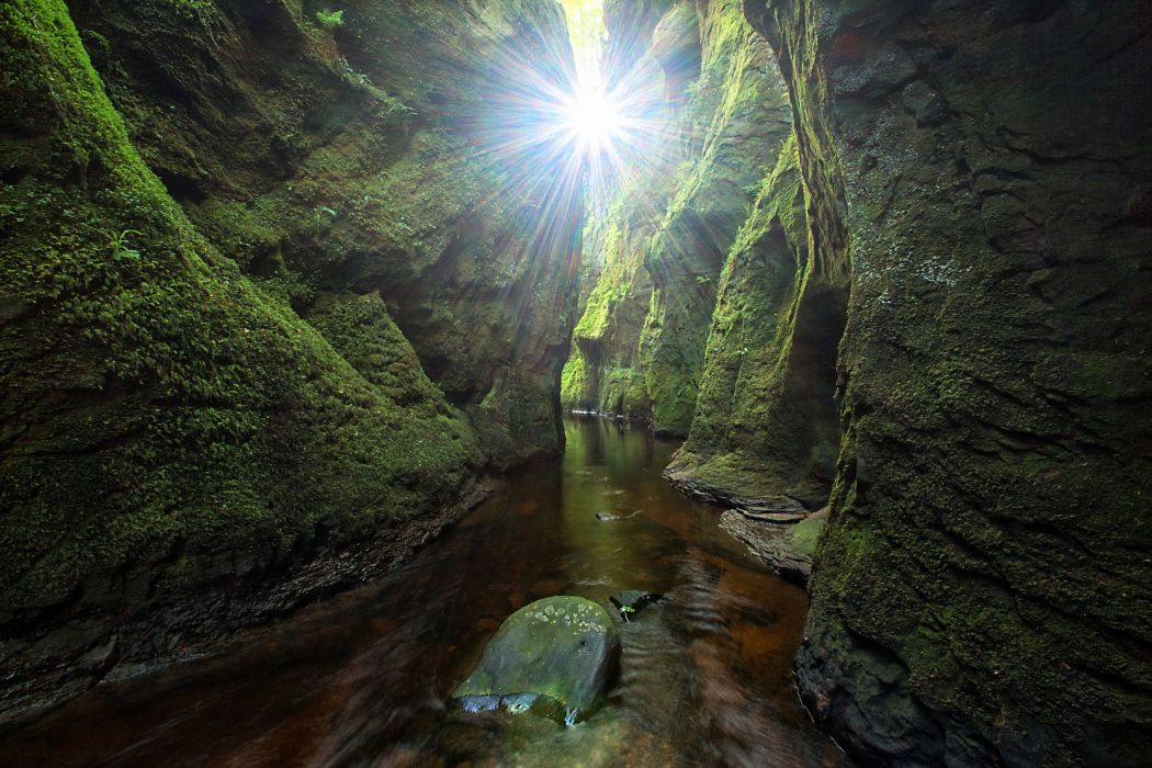 Scotland Cave Crag Moss Rays of light Finnich Gorge Craighat Nature wallpaper