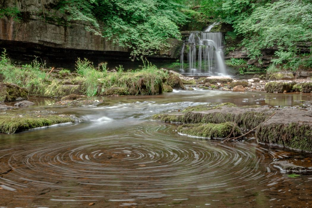 England Waterfalls West Burton Falls Nature wallpaper