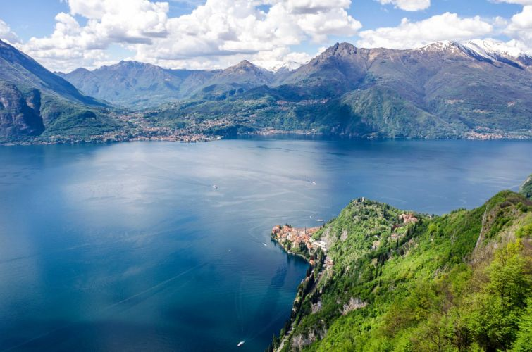 Italy Lake Mountains Scenery Lake Como Nature wallpaper