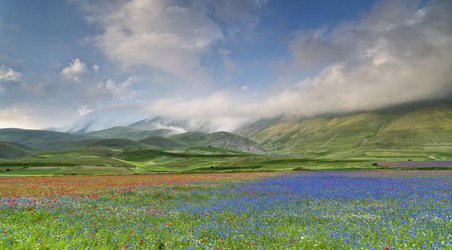 Scenery Sky Grasslands Mountains Italy Clouds Umbria Castelluccio Nature wallpaper