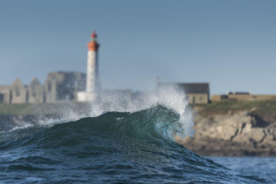 Waves Lighthouse wallpaper
