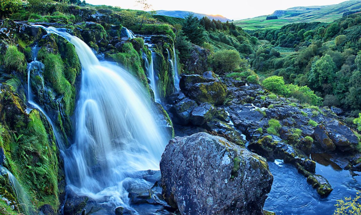 Scotland Waterfalls Stones Moss Loup of Fintry Nature wallpaper