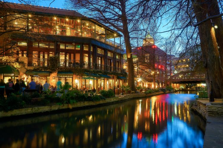USA Houses Texas Night Canal Street lights San Antonio Cities wallpaper