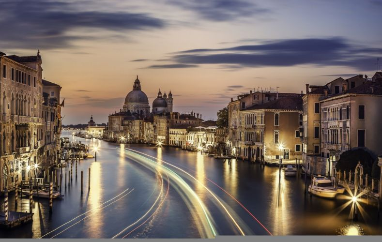 Italy Evening Houses Rivers Canal Motion Venice Cities wallpaper